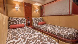 HOYA SAXA Twin Guest Stateroom